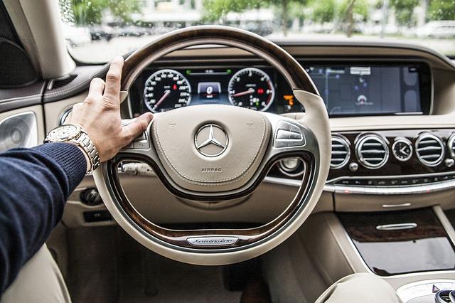 Vergelijk data het met autorijden. Het duurde even voordat we alle technologie in onze auto vertrouwde.